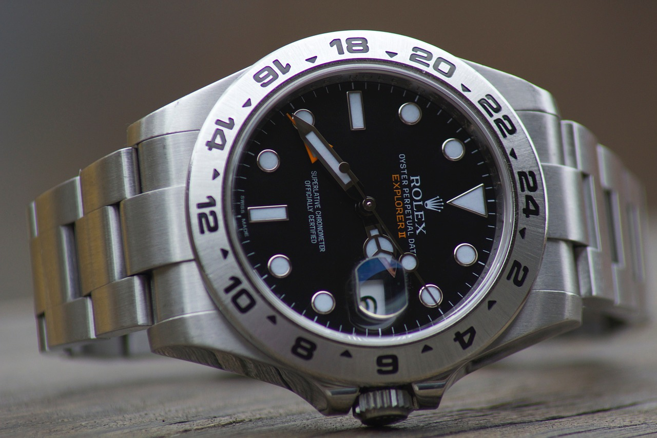 58dc05a6e15d 腕時計メンズ20代・30代・40代におすすめはコレ!一生モノ価格帯別6選 | 腕時計が好き